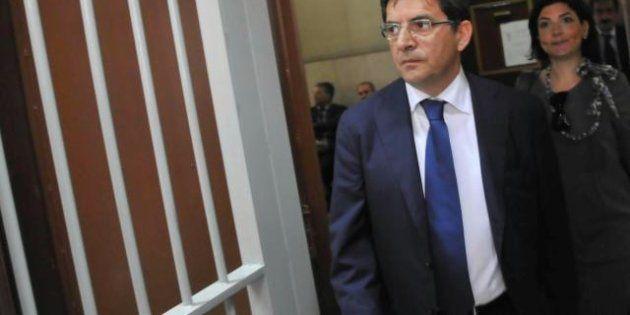 Nicola Cosentino (Pdl) è in carcere: si è costituito a Secondigliano