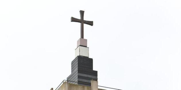 Ladri di rame, sul tetto di una Chiesa per rubare la copertura in