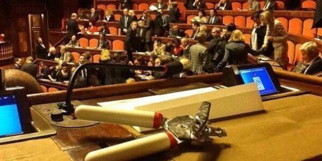 Il primo giorno di legislatura: tra apriscatole, abiti e partiti