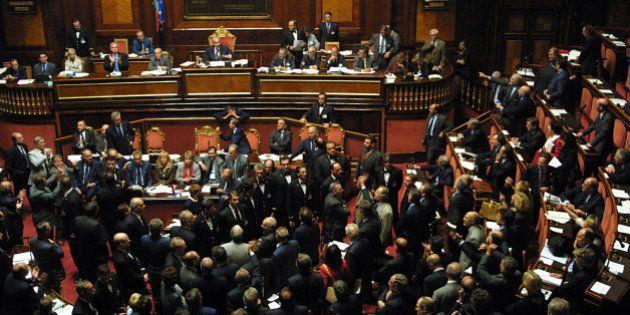 Crisi di governo, Silvio Berlusconi teme i senatori del sud: tutti i precedenti della