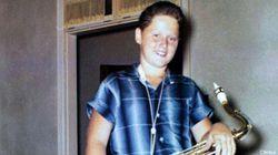 Riconoscete questo giovane sassofonista? (FOTO,