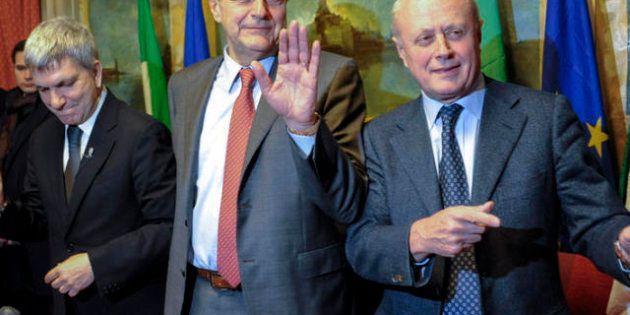 La scelta che spariglia: Grasso al Senato e Boldrini alla Camera. Così Bersani-Vendola rilanciano, mettendo...