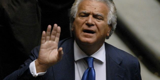 Presidenti Camera e Senato, Silvio Berlusconi piomba a Roma per Convincere Mario Monti a votare Schifani....