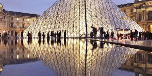 Parigi riflessa nell'acqua nelle foto di Joanna Lemańska