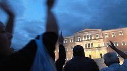 Crisi: per la Grecia sempre più nera Peggiora la recessione con il pil a -7,2%. Atene rimane appesa al filo degli