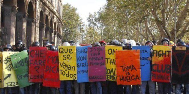 In piazza la nuova generazione di movimento: gli studenti medi anti-Monti. Grillo li punta ma non li