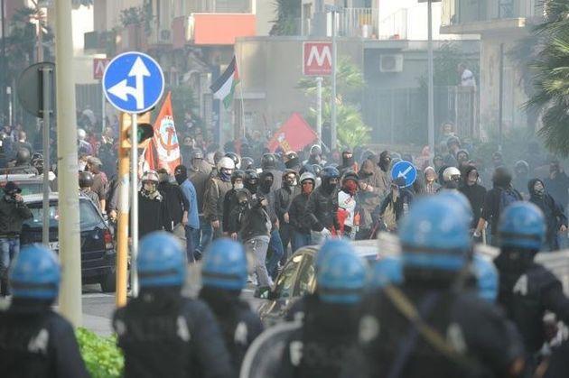 #Agora99 #NoFornero e #TomaLaHuelga, se i Sud dell'Europa in piazza si sollevano contro