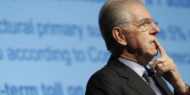 Mario Monti e Mario Draghi alla Bocconi all'inaugurazione dell'anno accademico (