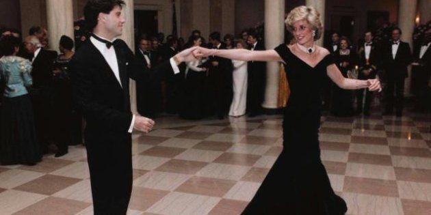 Diana: i vestiti di Lady D all'asta a Londra