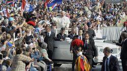 L'ora legale di Bergoglio: il ritardo tra norme della Chiesa e morale delle