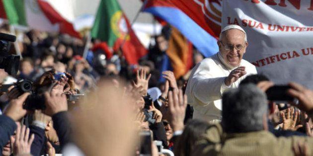 Francesco: un Papa ecologista e papà, custode dell'umanità e del creato (FOTO,