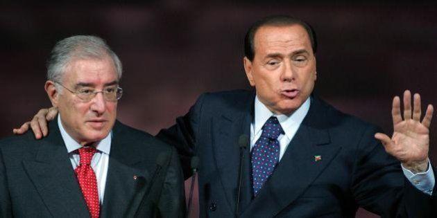 Forza Italia, panico da ecatombe giudiziaria. Berlusconi teme i domiciliari, Dell'Utri rischia l'arresto...