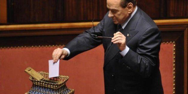 Sondaggi Silvio Berlusconi supera il 30 per cento, se si votasse oggi vincerebbe il