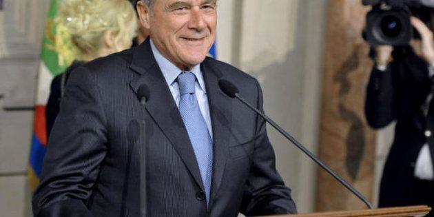 Pietro Grasso si dimezza lo stipendio da presidente del Senato:
