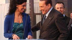 Le allusioni sessuali di Berlusconi all'impiegata (FOTO,