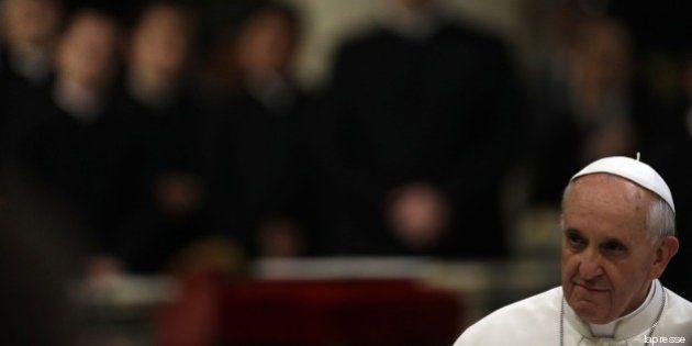 Papa Francesco e la lotta alla pedofilia, una priorità del suo pontificato. La finestra del Padre diventa...