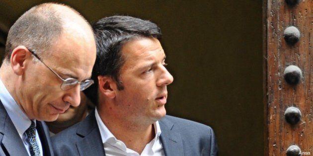 Enrico Letta e Matteo Renzi, due leader, un patto. Ma il sindaco aspetta garanzie da Bersani e