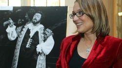 Nicoletta Braschi contro l'assistente personale di Pavarotti: