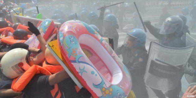 No Grandi navi, a Venezia tensione durante la manifestazione