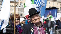 Berlusconi chiama a raccolta i suoi in piazza del Popolo,