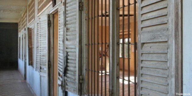 Sudafrica, tre ragazzi morti torturati nel campo per