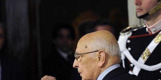 Napolitano: è ora di pensare all' interesse del Paese e dare continuità alle istituzioni