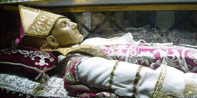 Il papa si dimette: prima di Benedetto XVI, il
