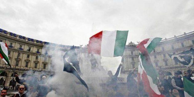 Trento, scontri tra studenti di sociologia e i militanti del Blocco studentesco: tre feriti. Antifascisti...