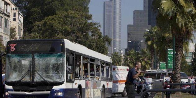 Israele, dopo i missili l'esplosione del bus. Tel Aviv si sente sempre più insicura