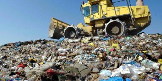 A rischio Ue il piano Alemanno sui rifiuti. La spazzatura non può andare