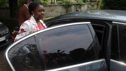 Kyenge arriva con sirene spiegate a Milano: scorta