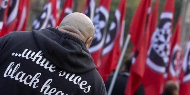 Corteo CasaPound, qualche migliaio di neofascisti in piazza contro Monti: