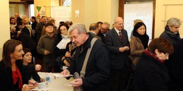 Primarie centrosinistra, l'Italia sceglie. Urne aperte fino alle 20, file ai seggi (FOTO, VIDEO,