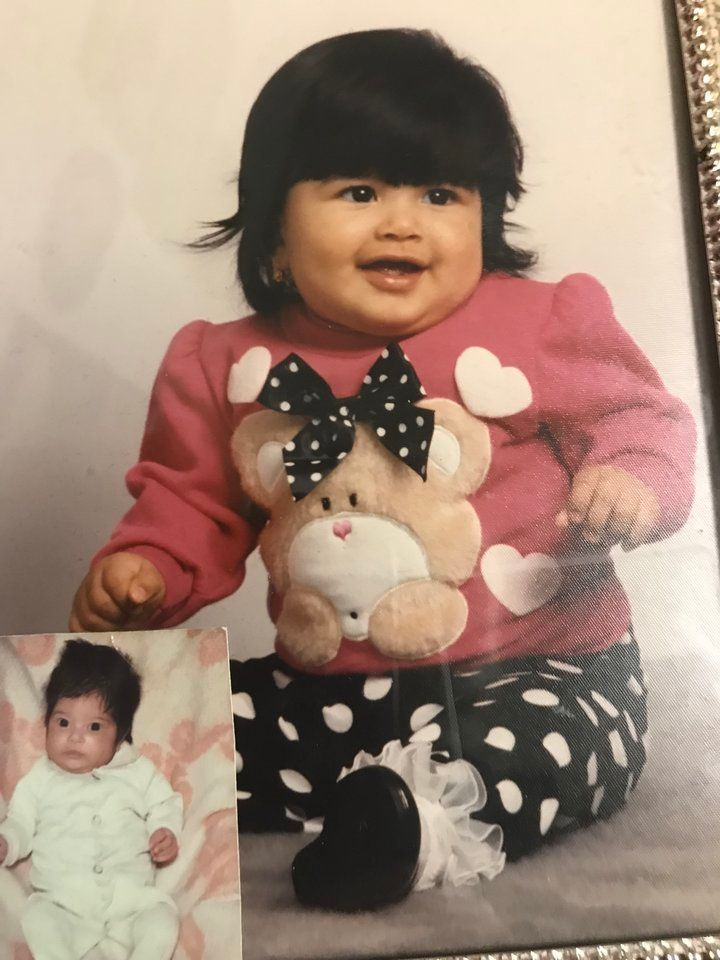 <i>Une photo de moi &agrave; environ 7 mois. Je vivais alors aux &Eacute;tats-Unis avec mes parents depuis quelque temps. Elle est encadr&eacute;e en grand dans leur salon.</i>