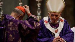 La prima picconata del Papa dopo le dimissioni. Attacchi alla Curia: ipocrisia religiosa (FOTO
