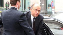 Silvio Berlusconi furioso sulla sentenza. Il governo per ora non cade, ma trema: