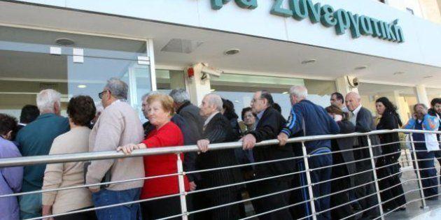 Cipro, le restrizioni ai capitali spaventano ancora. E i conti della Laiki potrebbero essere