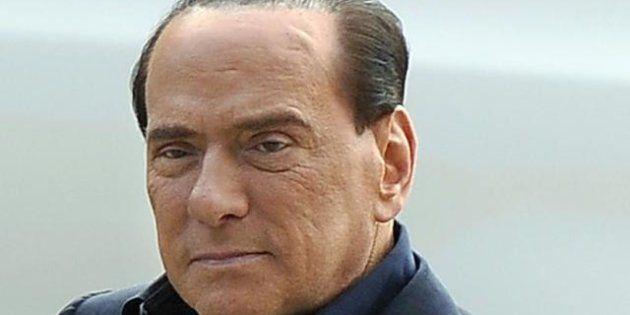 Forza Italia, giovedì l'annuncio in tv. Silvio Berlusconi prepara il discorso della ridiscesa in campo....