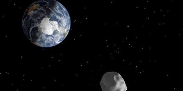 Asteroide 2012 DA 14: alla Nasa tutto pronto per vedere il suo passaggio vicino alla Terra alle