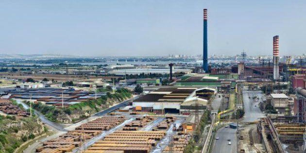 Ilva, L'azienda annuncia la chiusura dello stabilimento di Taranto e di tutti gli impianti del