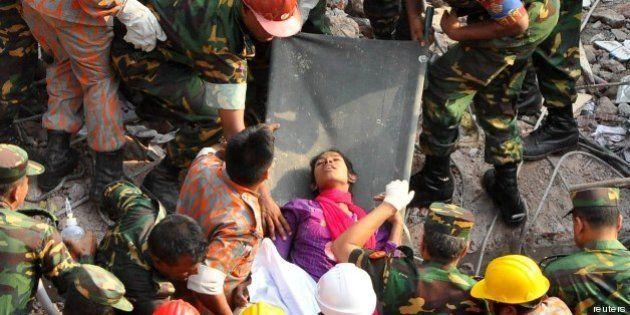 Bangladesh: trovata donna viva sotto le macerie del Rana Plaza Building, 17 giorni dopo il crollo (FOTO,