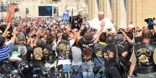 Papa Francesco: l'incontro con i centauri in sella alle Harley Davidson. La Chiesa e l'urgenza di riaccendere...
