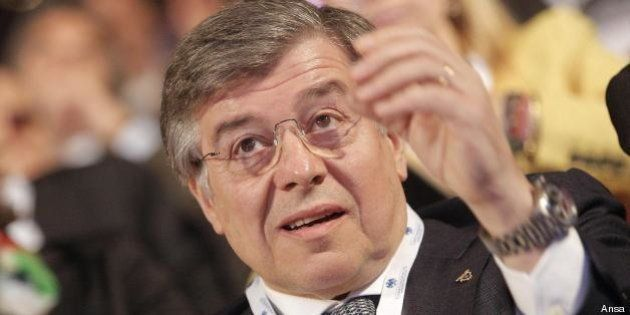 Il ministro Flavio Zanonato: difficile evitare l'aumento
