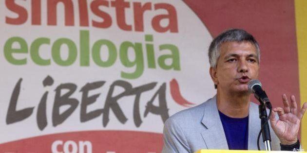 Nichi Vendola in piazza per opporsi al governo. Stefano Rodotà: