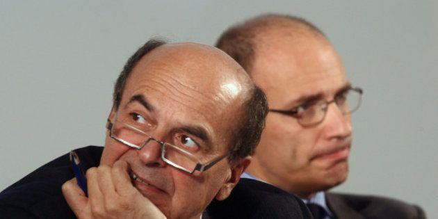 Pier Luigi Bersani in conferenza stampa: