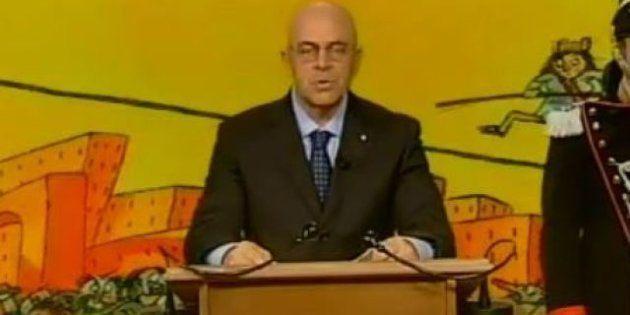 Maurizio Crozza imita Giorgio Napolitano e calcola quanti giorni mancano alla fine del mandato del Presidente...