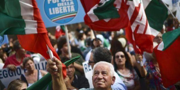 Crisi di governo, sondaggi: il Pdl vincerebbe le elezioni, superando del 4% il Pd. Lo dice