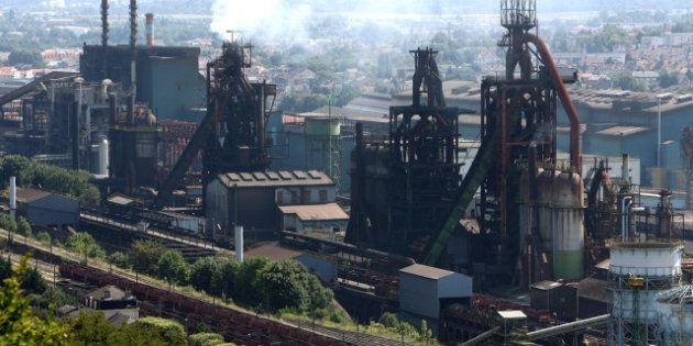 Arcelormittal: Francois Hollande lavora al salvataggio dell'acciaieria francese. Tra le ipotesi anche...