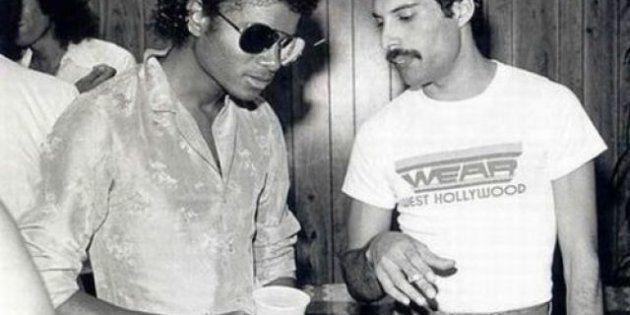 Freddie Mercury e Michael Jackson che cantano insieme