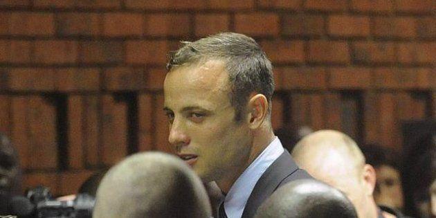 Omidicio di Oscar Pistorius, una mazza da cricket insanguinata trovata in casa